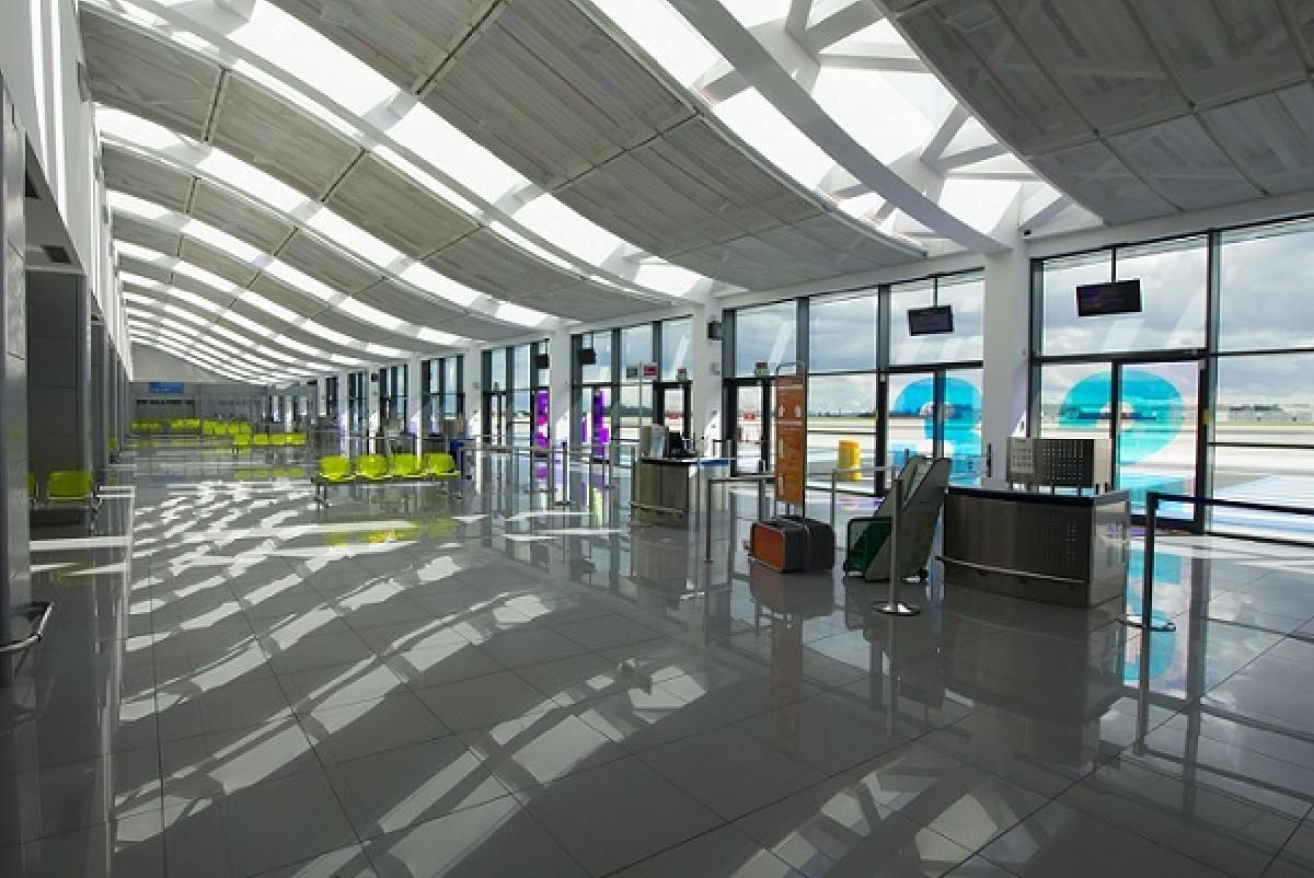 Aeroporto Brindisi : L aeroporto del salento più attrattivo e sicuro dopo gli ampliamenti