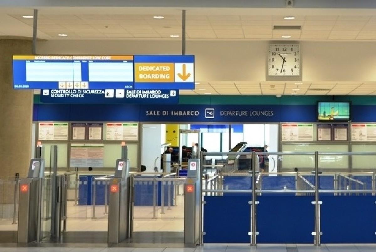 Aeroporto Bari : Un volo diretto bari berlino all aeroporto wojtyla