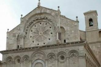 La Cattedrale si colora di luci e immagini con videomapping