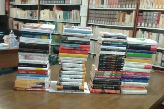Arrivati i primi libri dei circa 200 acquistati dall'Amministrazione
