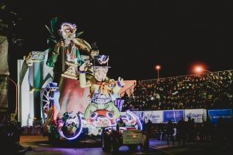 Tre cortei con monumentali carri allegorici per il 66° Carnevale