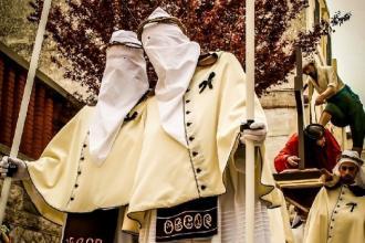 La Confraternita del Carmine da Mottola a Taranto per Facies Passioni