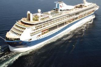 Due navi da crociera per cinque tappe, Taranto si prepara
