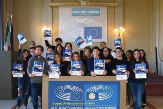 """La """"Galilei-Costa"""" è Scuola Ambasciatrice del Parlamento Europeo"""