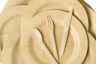 Pronta e attiva l'ordinanza per piatti e posate biodegradabili