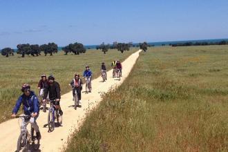 Una biciclettata per conoscere e ripercorrere la via Appia-Traiana