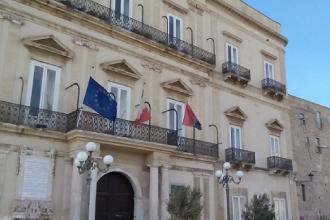 Il Comune di Taranto cerca, per concorso, 9 unità professionali