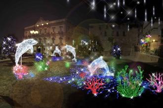 Natale, la città di Taranto sarà addobbata con le luminarie d'artista