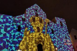 Il videomapping sulla facciata della Basilica di San Nicola