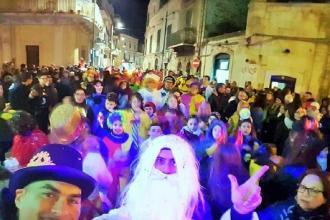 Carnevale con sfilate e parate a Gravina, Monopoli e Rutigliano