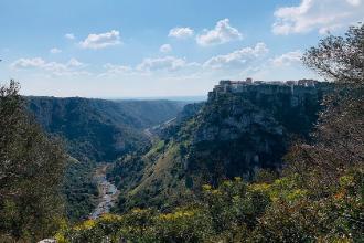 Mare e gravine di Castellaneta attirano più turisti