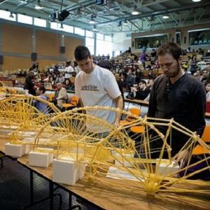 Pronti per la V edizione di ponti realizzati con spaghetti e bucatini