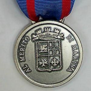 Ad un militare di Manfredonia medaglia al valore di Marina