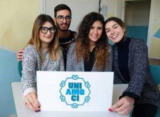 """Studenti del """"Galilei-Costa"""" vincono concorso contro il bullismo"""