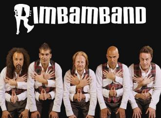 Al Teatro Verdi fuori programma di risate con la Rimbamband