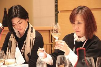 Due vini di Borgo Turrito tra i migliori al mondo in Giappone