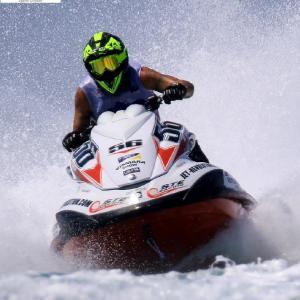 Il campionato mondiale di Aquabike nello splendido mare del Salento