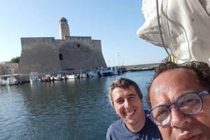 A bordo del trimarano, è sbarcato a Villanova il velista Marco Rossato