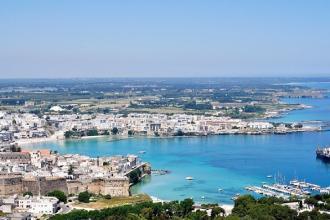 La città di Otranto fiorisce e fa da teatro a musiche del Mediterraneo