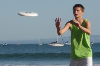 Dopo il beach volley arrivano le gare nazionali di frisbee freestyle