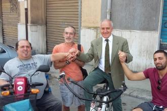Ecco l'Hugbike, consente ai disabili di poter andare in bici