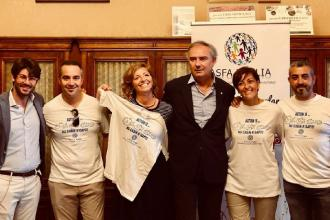 Un flashmob per capire l'autismo in piazza del Ferrarese