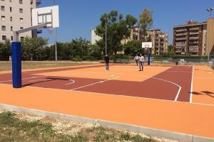 Riaperto il giardino di via Suglia con campo sportivo ed aree per cani
