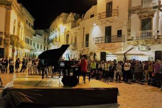 """""""Piano Lab"""" chiude con la maratona pianistica con 210 pianisti"""
