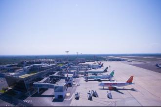 Nuovo record di passeggeri negli aeroporti pugliesi