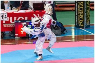 Taekwondoki di età dai 5 ai 10 anni pronti per i campionati regionali
