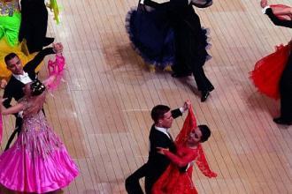 Al Palaflorio il campionato regionale di danza sportiva a coppie