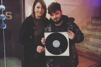 Il rapper Capoverde vince due premi a Sanremo