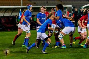Il rugby femminile fa spettacolo e entusiasma i tifosi salentini