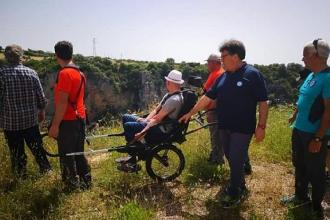 Con Joelette pure i disabili potranno visitare le gravine