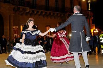 Un tuffo nell'Ottocento tra danza, musica e cena