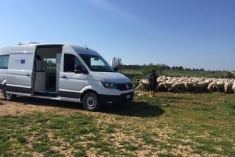 Un laboratorio mobile per esami gratis su latte e formaggi ovicaprini