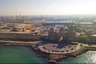Maratona, nuoto, ciclismo e corsa sul lungomare di Bari