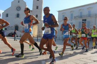 Migliaia i partecipanti alla Tranincorsa notturna e mezza maratona