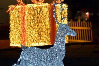 Nel Villaggio natalizio Babbo Natale e la Befana insieme per un mese