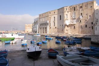 Sei porti i saranno dotati di strutture per minicrociere