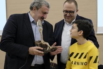Premiato da Emiliano il piccolo ambientalista pugliese