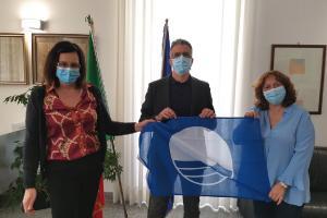 Dal 25 maggio spiagge aperte con 15 Comuni pugliesi Bandiera blu