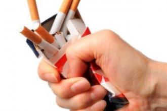 L'Asl di Taranto organizza un corso on line per smettere di fumare
