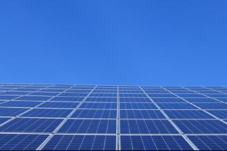 Impianti energetici rinnovabili alle famiglie in difficoltà
